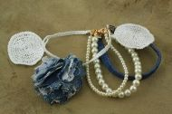 Denim bracelet with pearls